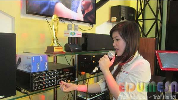 cach-hat-karaoke-hay-2